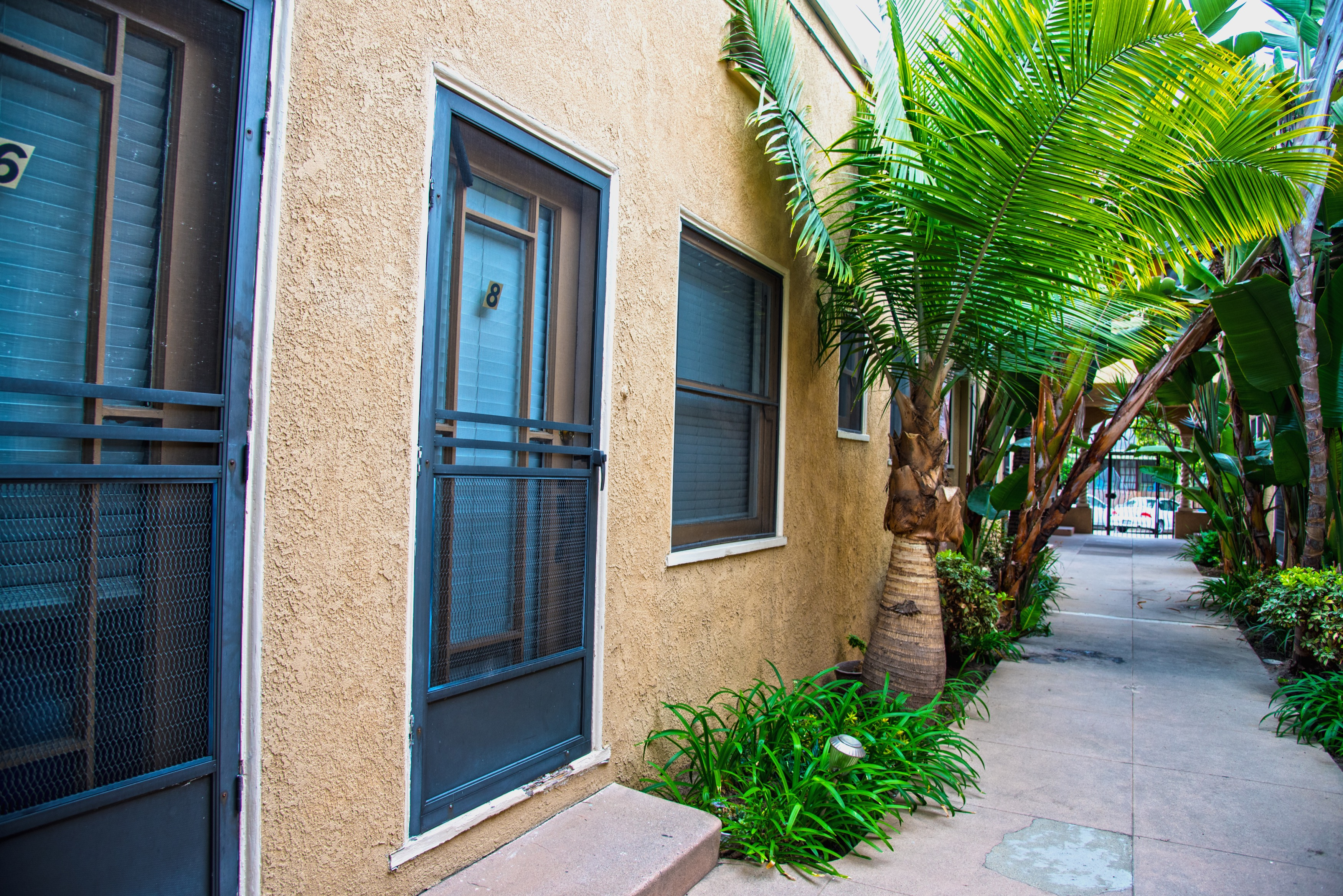1415 E 2nd St Long Beach CA 90802 8 jpg. Enjoy Urban Living  Large 1 Bedroom on 2nd St at 1415 E 2nd St
